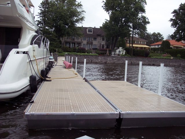 Norhteast_Dock_Sales-00044
